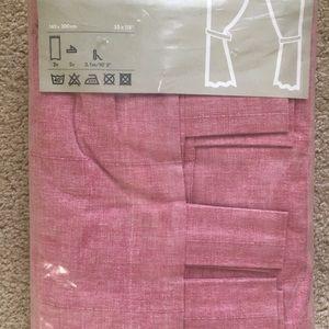 Brand New Pink curtain set 55x118 💖